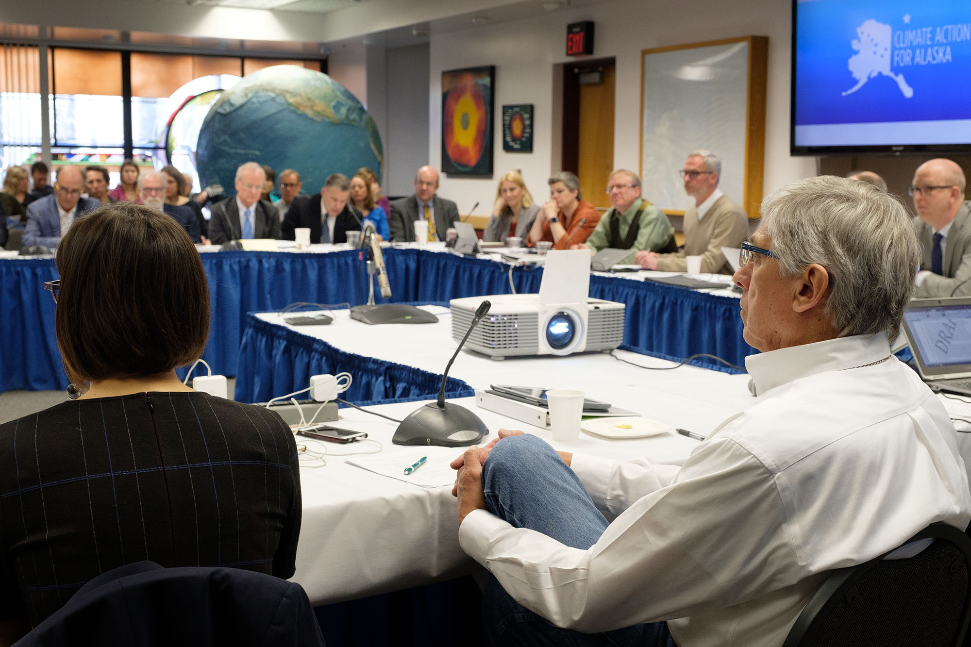 Meeting of Governor Walker's Climate Action Leadership team, chaired by Lieutenant Governor Byron Mallott, on the University of Alaska Fairbanks Campus, in Fairbanks, Alaska, April 12, 2018. (Photo by David Lienemann/Office of Governor Bill Walker)