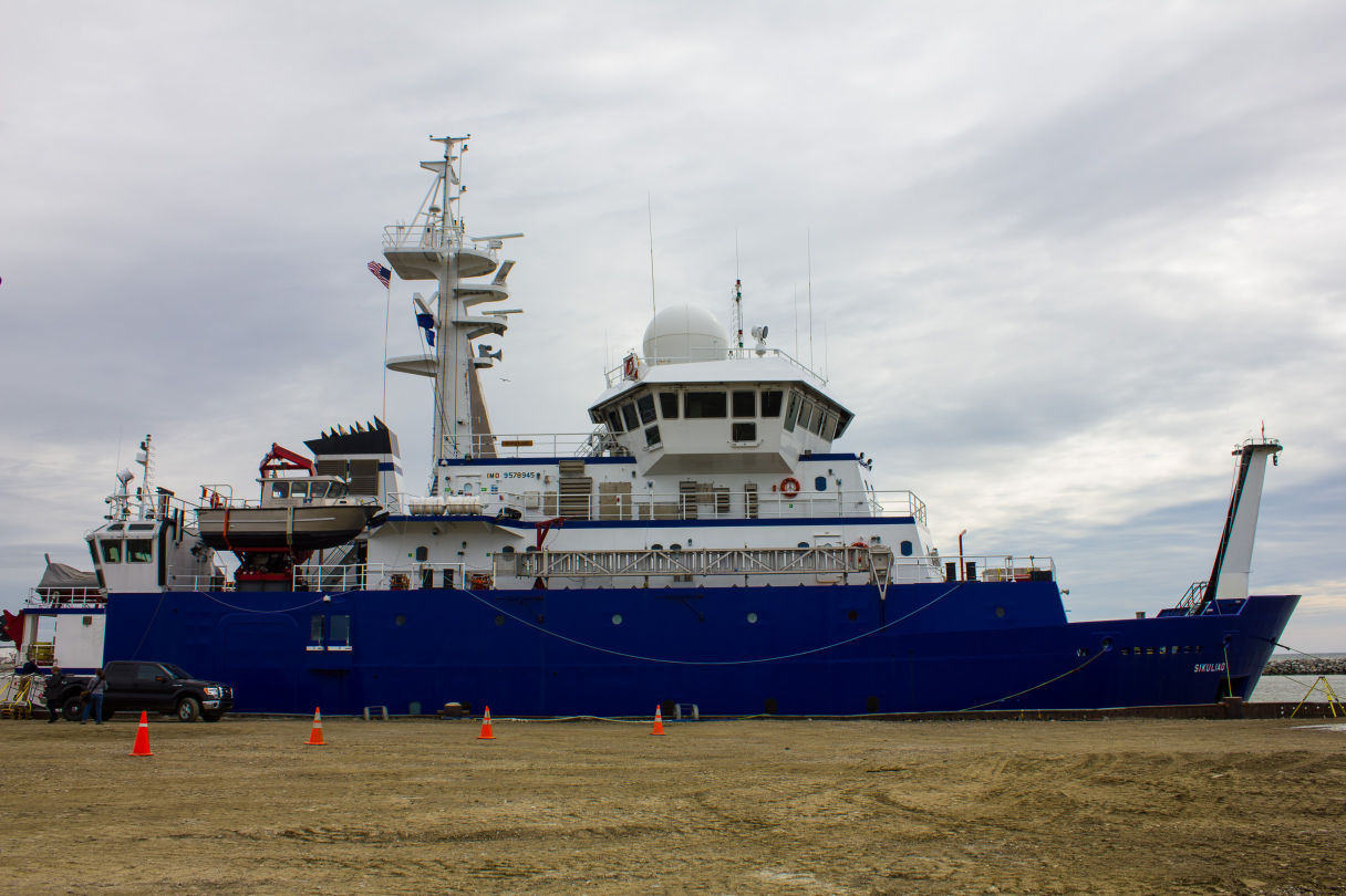 University of Alaska Fairbanks research vessel Sikuliaq docks at Nome's port. (File photo by Emily Russell/KNOM)