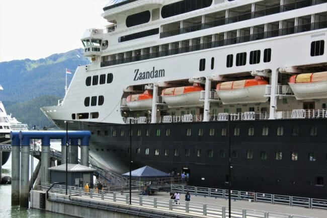 The Holland America cruise ship Zaandam docked in Juneau on June 22, 2018. (Photo by Adelyn Baxter/KTOO)