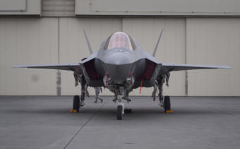 A USMC F-35B at Joint Base Elmondorf-Richardson as part of Northern Edge exercises in 2019 (Photo: Zachariah Hughes, Alaska Public Media – Anchorage)