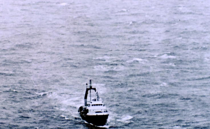 Another ship takes the cruise ship Prisendam under tow after a fire crippled the vessel in October 1980. Headed to a potential port in the Pacific Northwest for repairs, it later sank. (Photo courtesy of U.S. Coast Guard)