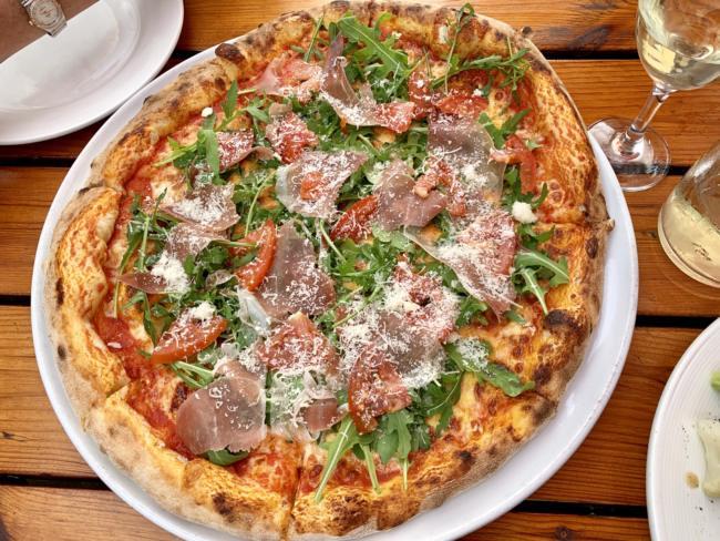 """Pizza at Pizzeria Ristorante """"O Sole Mio"""", Mielec, Poland. (Creative Commons photo by Kgbo)"""