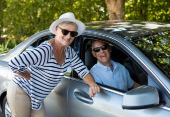 What to Look for in Luxury Vehicles for Seniors