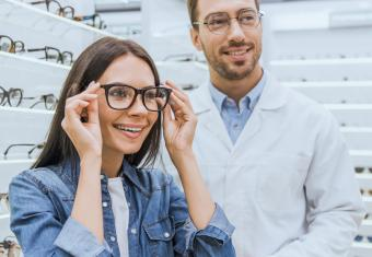 Three Ways to Get Help for Eyeglasses