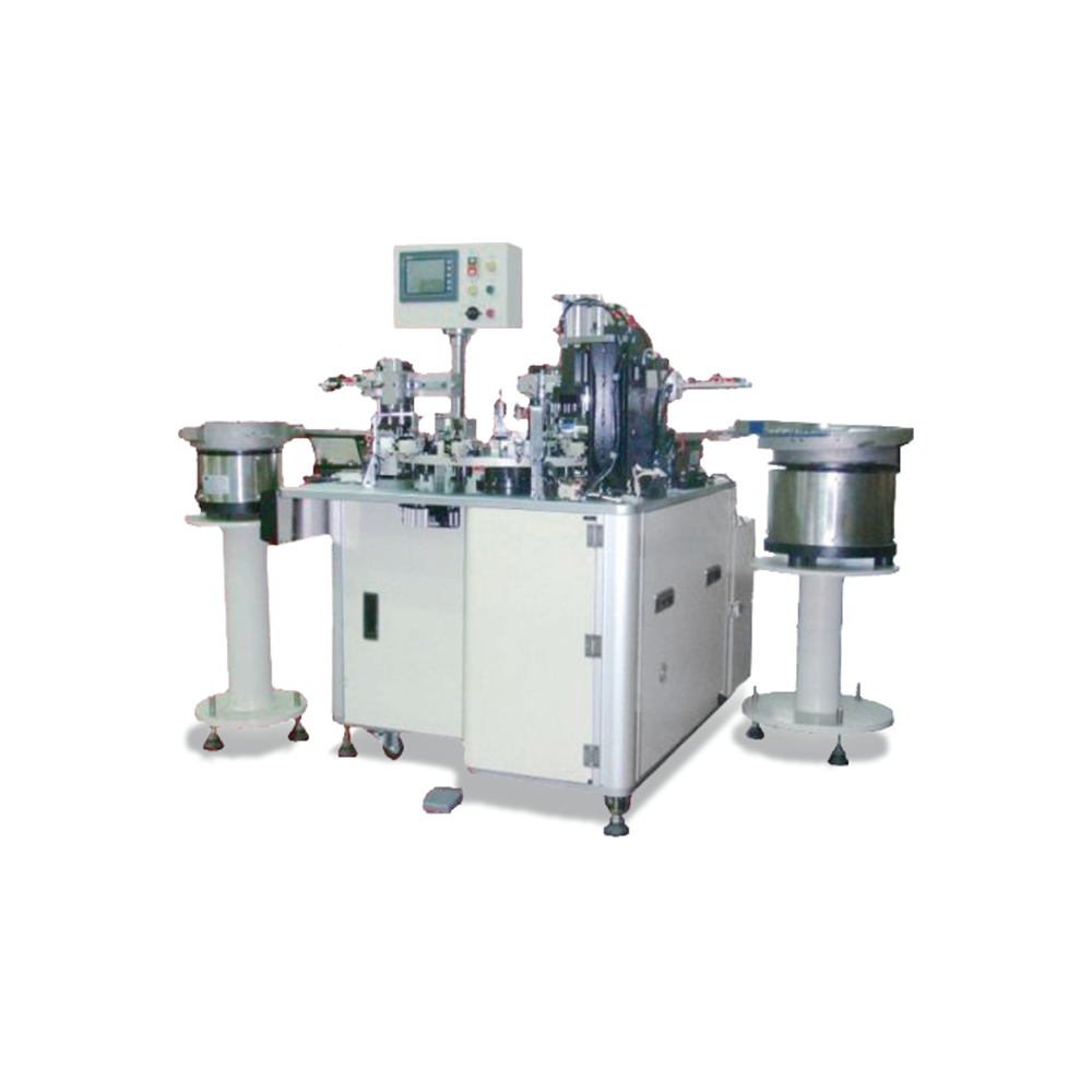 Automatic Riveting Machine for Horn Covers