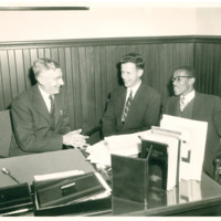 Dean Dunn with Per Haugland-Norway and Charles Thomas-Lincoln.jpg
