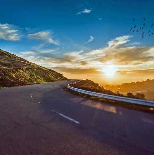 Jeremy & Tehila on the Road - The Virtual Becomes Real Across America