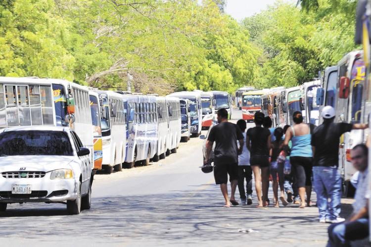 semana santa, transporte público, buses