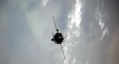 astronautas, Roscosmos, carguero ruso