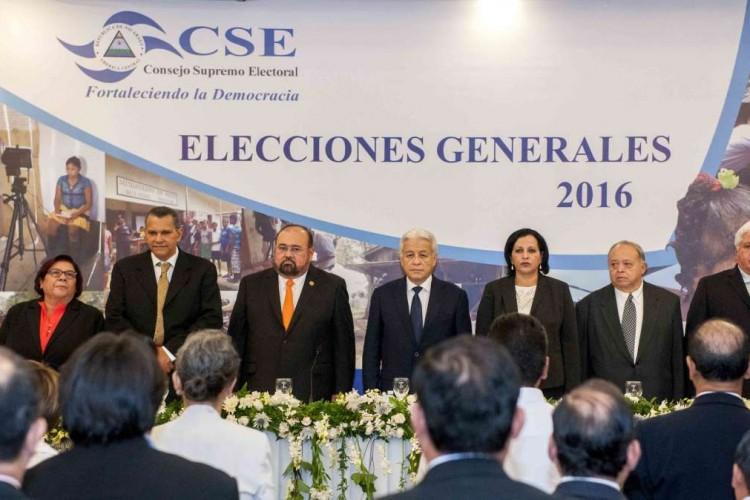 CSE, viajes al exterior, #EleccionesNi2016