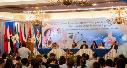 En el I Congreso Internacional para la Prevención de Enfermedades Respiratorias Agudas participaron expertos en Neumología de Guatemala, Costa Rica y México. LAPRENSA/J.TORRES.
