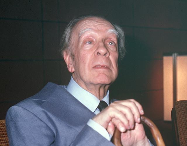 El escritor argentino Jorge Luis Borges
