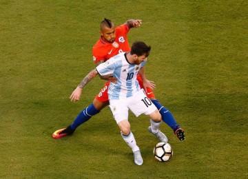 Lionel Messi podrá jugar con Argentina tras ser retirada su sanción por el Comité de Apelaciones de la FIFA. LAPRENSA/EFE