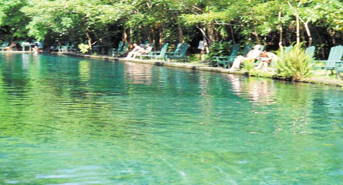 M s turismo visita ojo de agua en ometepe for Piscina villarreal