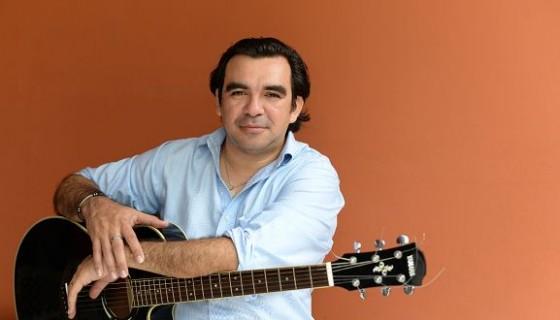 """El cantautor Juan Solórzano se considera un """"relevo generacional del Son Nica"""". LAPRENSA/MAYNOR VALENZUELA"""