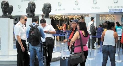 Nicaragüenses que viajan al exterior