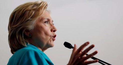 Clinton, Hillary Clinton, correos electrónicos