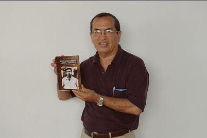 El recopiladorHugo J. Vélez Astacio , publica el libro Hugo Astacio Cabrera ante la historia, memorias del chinandegano Astacio Cabrera. LAPRENSA/YADER FLORES