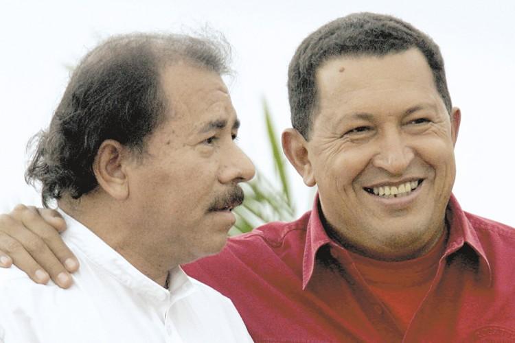 Albanisa, Daniel Ortega, Hugo Chávez, carteles
