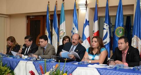 Sica. Parlacen, Daniel Ortega