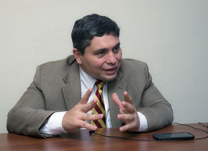 Eliseo Núñez, politólogo y exdiputado opositor