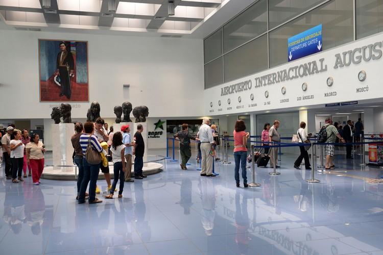 EAAI, Empresa Administradora de Aeropuertos Internacionales, Cosep