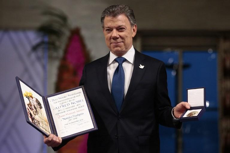 Juan Manuel Santos, Nobel de la paz, guerra en Colombia, Santos