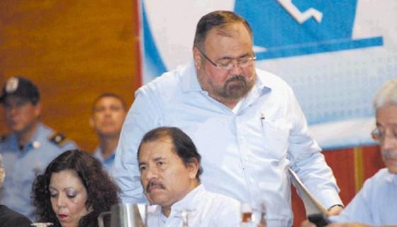 Roberto Rivas señalado de corrupción