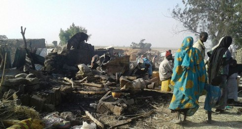 Nigeria, bombardeo por error