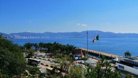 Acapulco gro.jpg