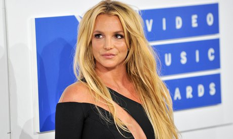 Britney-Spears-To-Be-Honoured-With-2018-GLAAD-Vanguard-Award.jpg