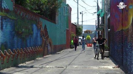 CallejónCOVIDIztapalapa.jpg