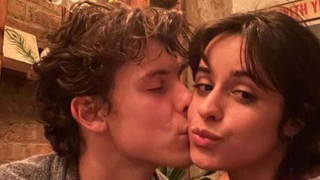 Captan a Camila Cabello y Shawn Mendes de visita en México.jpg