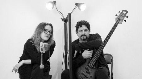 Denise y Alonso (Bajo a Voz) (1).jpg
