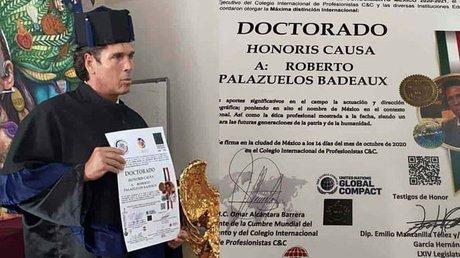 Doctorado Honoris Causa.jpg