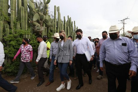 Samuel García y Mariana Rodríguez visitarán al papa Francisco