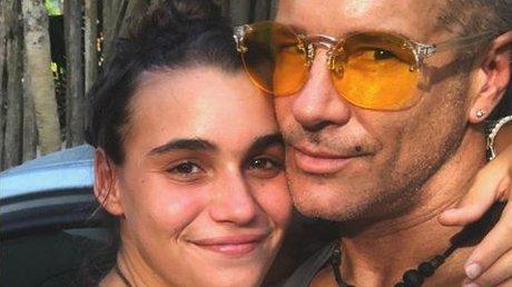 Fernando Carrillo y novia embarazo .jpg