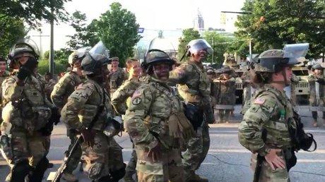 Guardia NacionalMacarenaEU.jpg