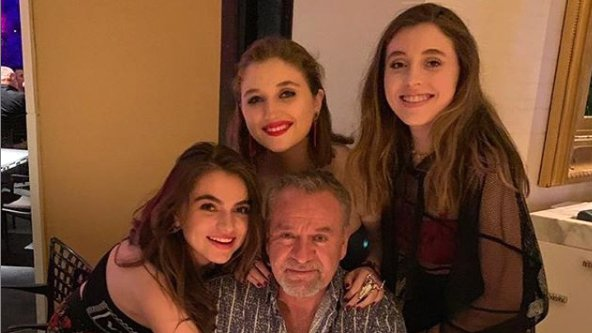 Guero Castro hijas.jpg