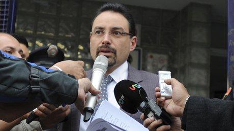JULIO HERNÁNDEZ abogado.jpg