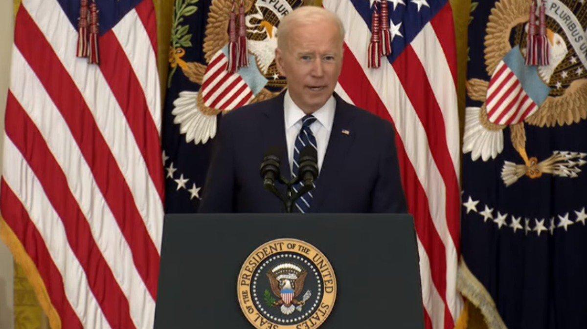 Joe Biden nueva meta de vacunas.jpg
