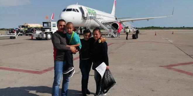 Johnatan-viaja-con-su-familia-a-Mazatlán-660x330.jpg