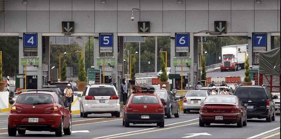 La-M%C3%A9xico-Cuernavaca-con-poca-afluencia-de-autos.jpeg