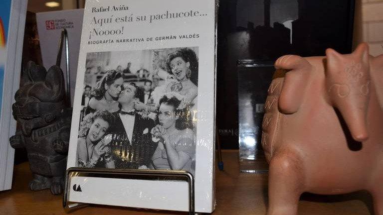 """Libro-""""Aquí-está-su-pachucote...jpg"""