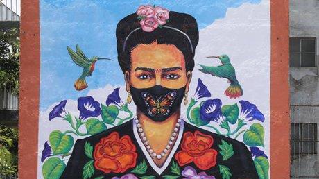 Mural cubrebocas frida kahlo.jpg