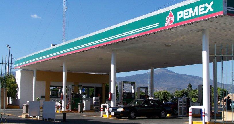 Pemex_gas_station-1.jpg