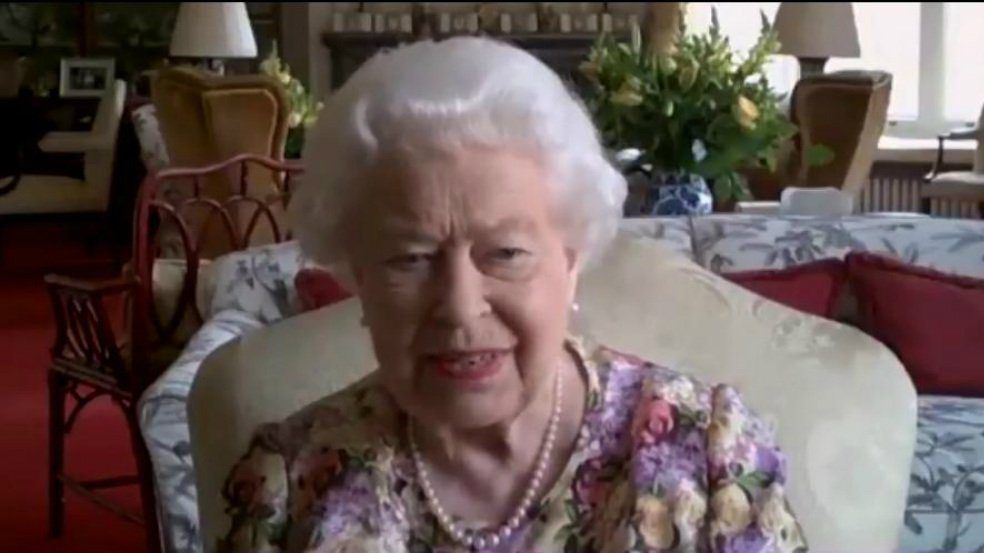 Reina Isabel ll videollamada.jpg