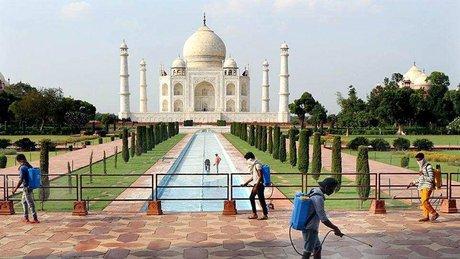 Taj Mahal reabre.jpg