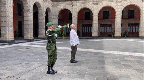 amlo homenaje muertes por covid.jpg