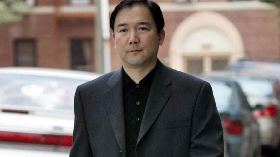 chino empresario.jpg